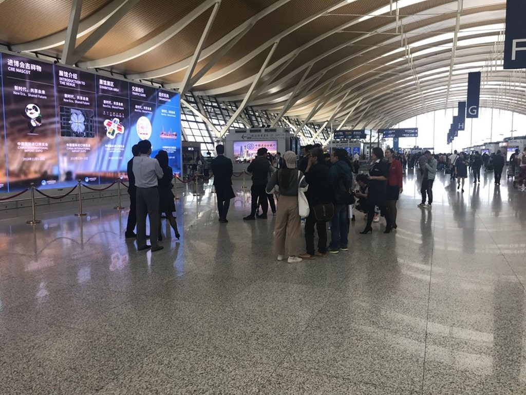 Airport led screen digital signage solution-Transportation Shanghai, China-Betvis (6)