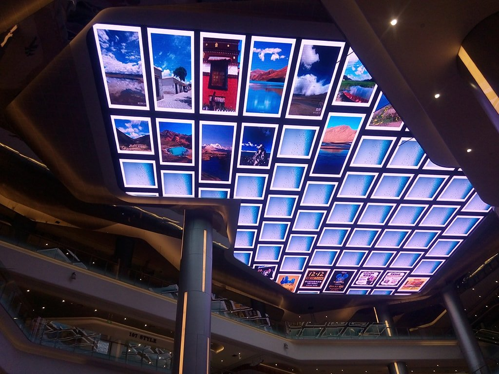 New retail shopping mall interactive social wall photo digital signage solution-CAPITAL Chengdu-Betvis (2)