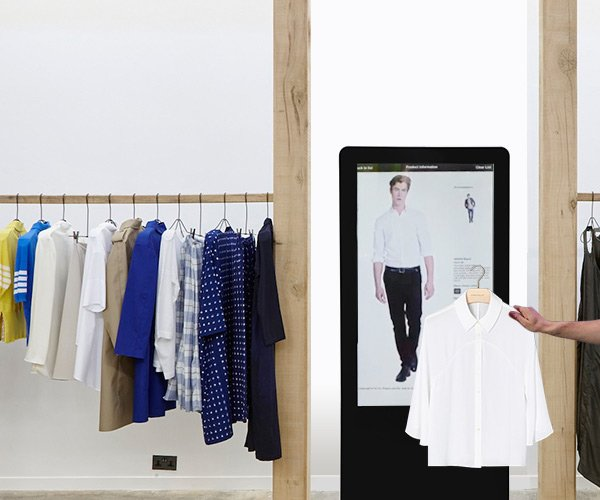 Lift and Learn interactive retail experience